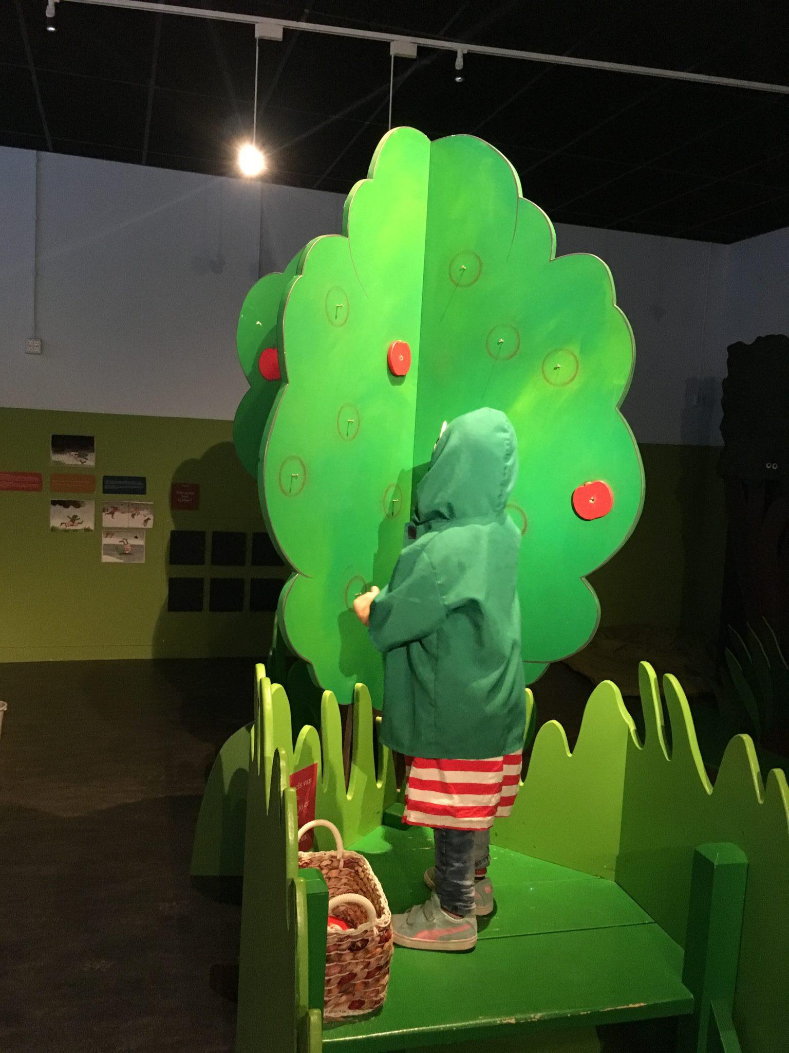 Natuurmuseum Brabant Tilburg met kinderen, één van de leukste musea voor kinderen.