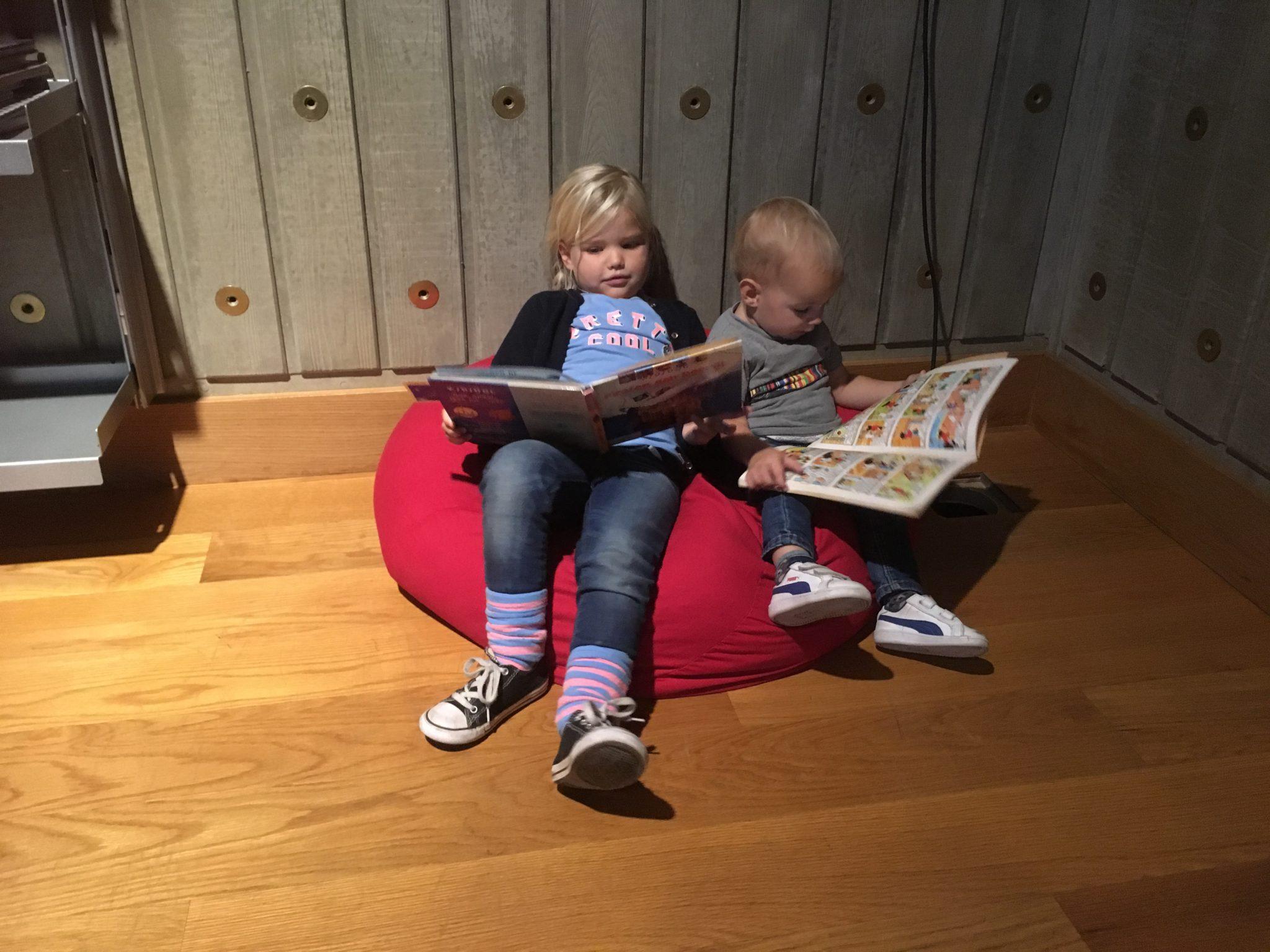 Museum aan de Stroom in Antwerpen met kinderen