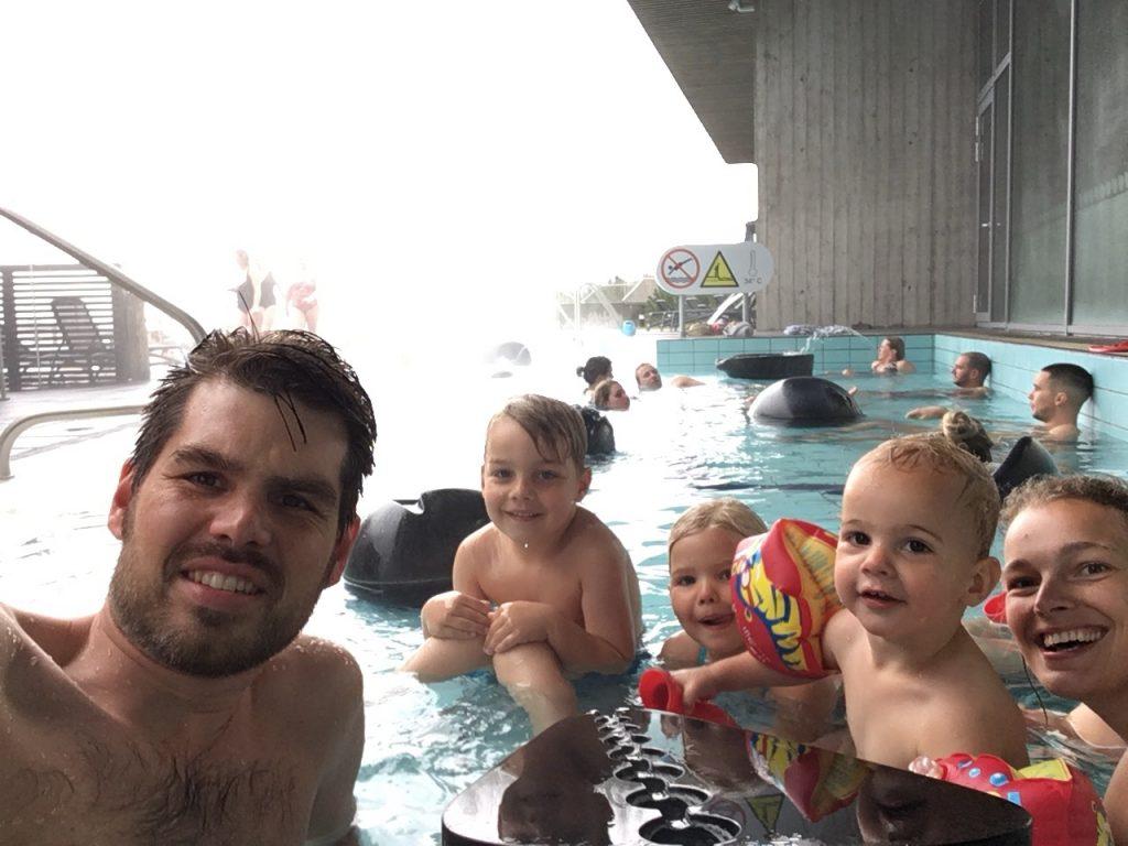 Zwemmen in IJsland met kinderen