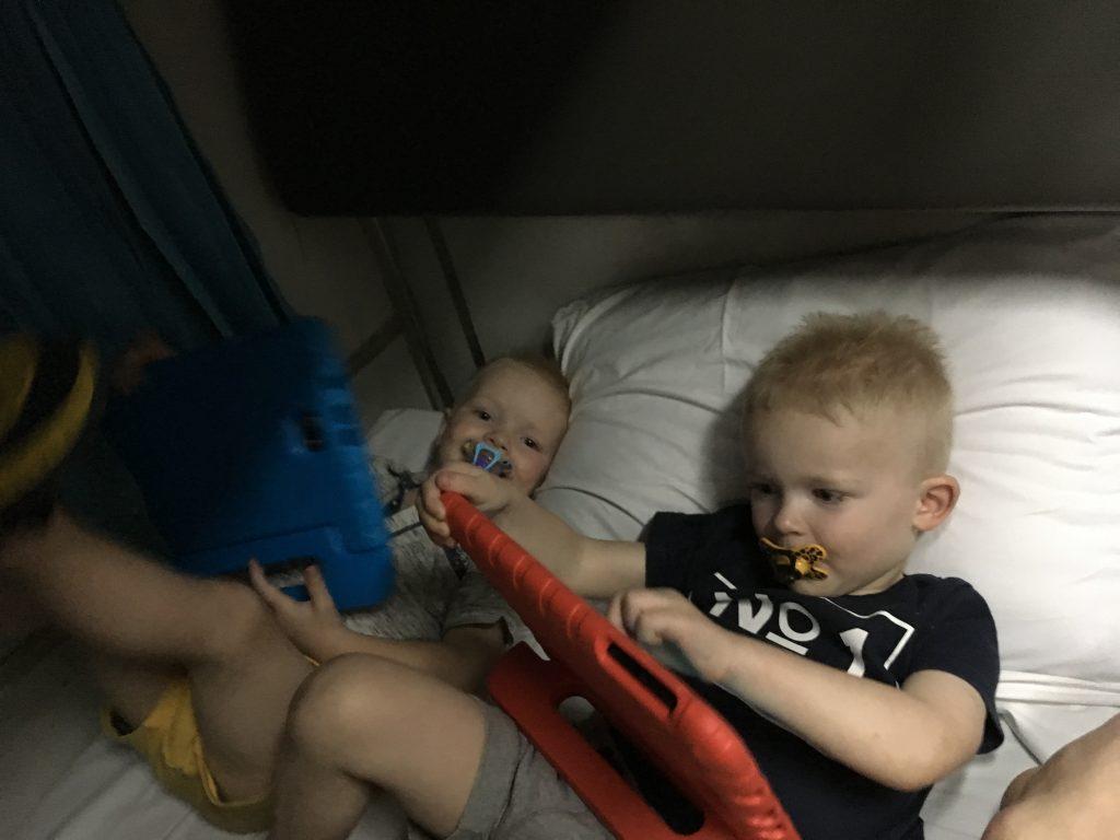 Nachttrein door Thailand met kinderen